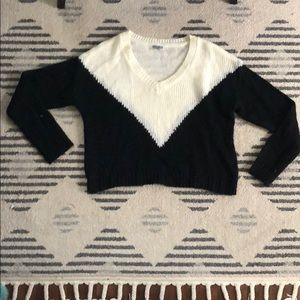 Two tone v neck Charlotte Russe sweater